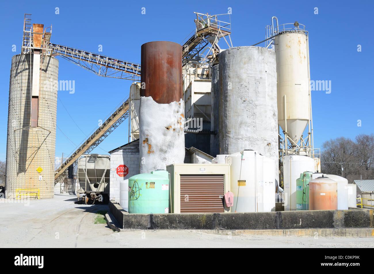 Une usine de ciment Photo Stock