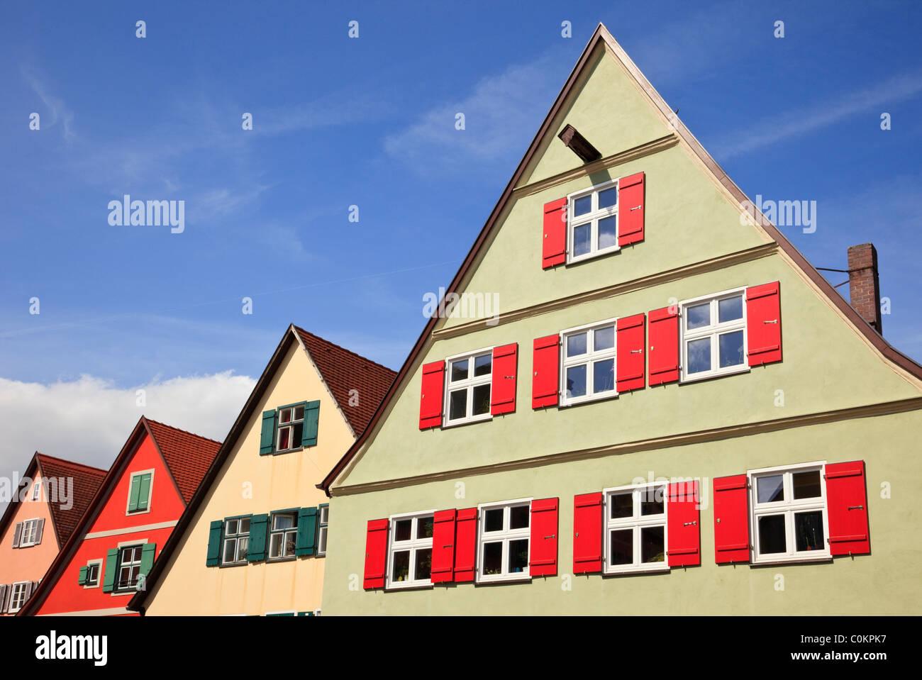Dinkelsbühl, Bavière, Allemagne. L'architecture traditionnelle allemande en vieille ville médiévale sur la Route Banque D'Images