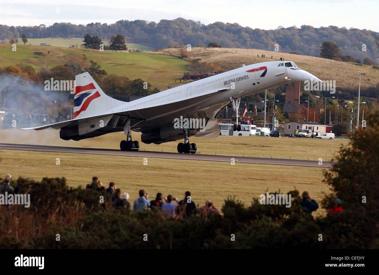Photo Brittish Airways Concorde - l'arrivée à l'aéroport d'Édimbourg Tournhouse. Banque D'Images