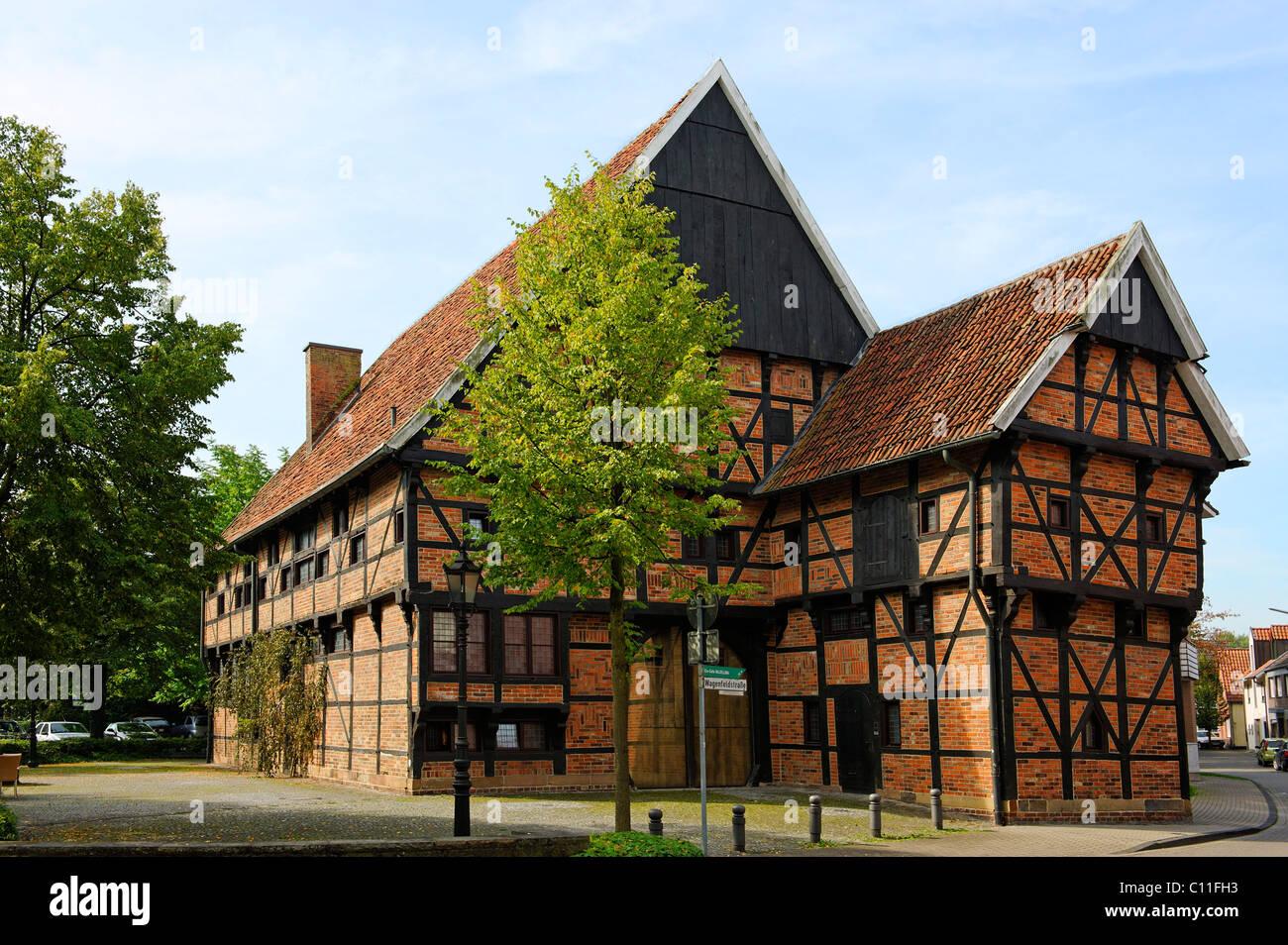 L'Alte Post, hôtel particulier des terres agricoles, construites avant 1600, Düsseldorf, Rhénanie Photo Stock