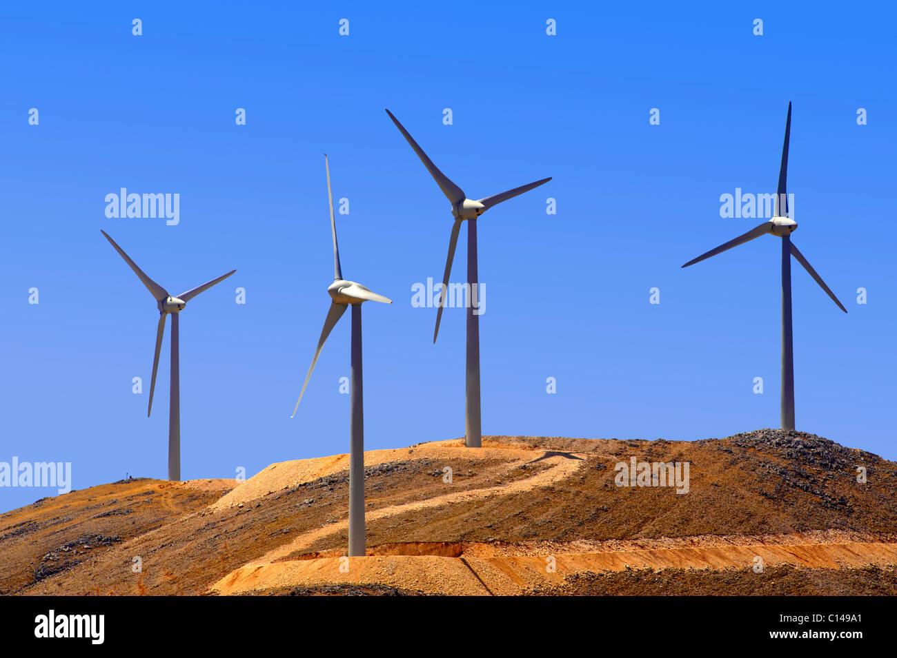 Parc éolien sur Céphalonie, îles Ioniennes, Grèce. Photo Stock