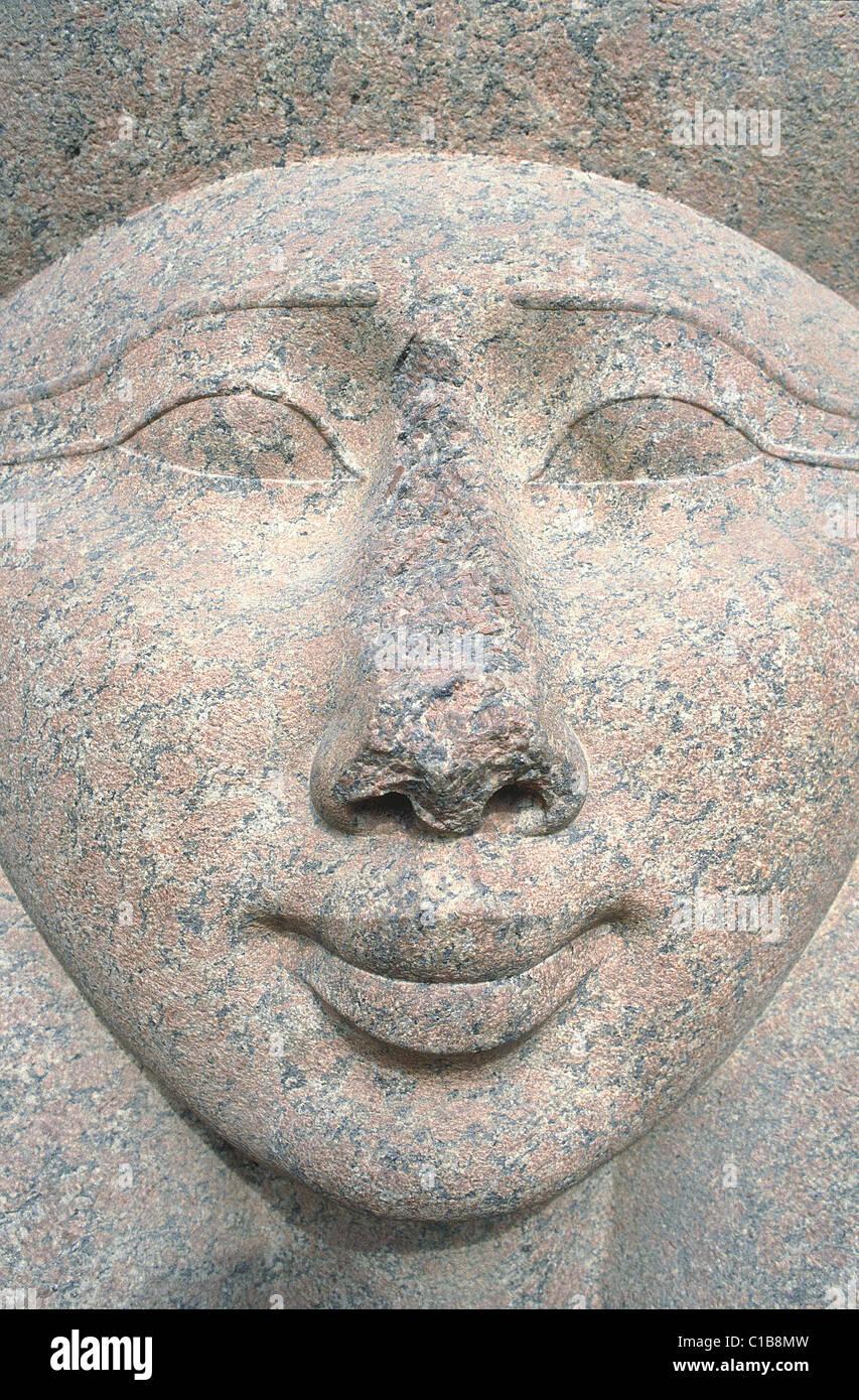 Egypte, Le Caire, musée, jardin, tête d'Hathor déesse en grés d'Assouan Photo Stock