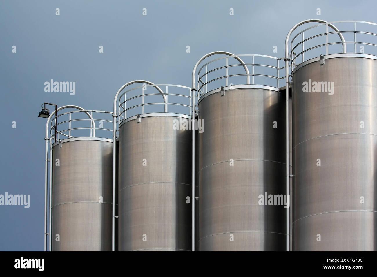 réservoirs en acier Photo Stock