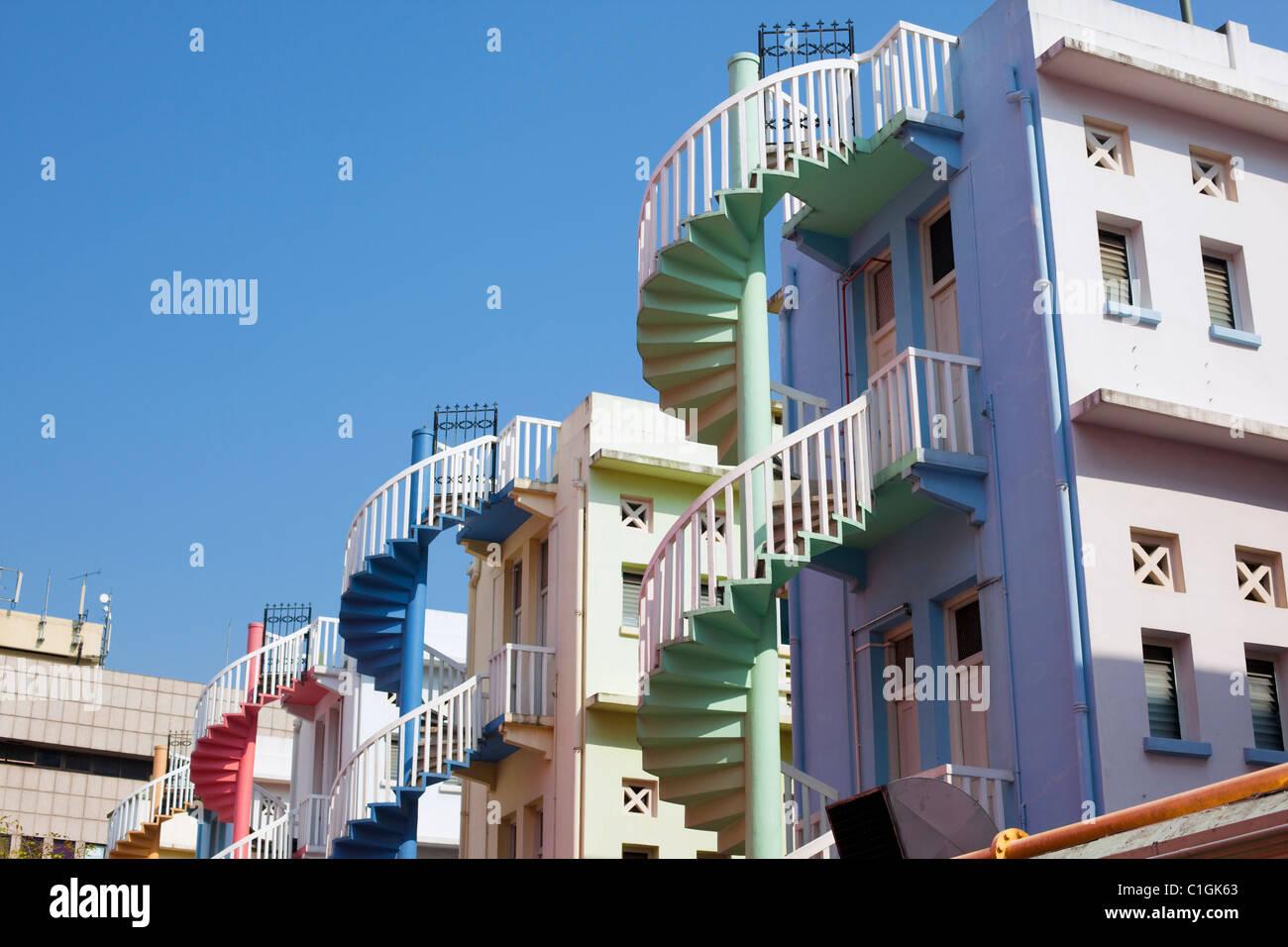 L'architecture d'immeubles colorés. Bugis, Singapour Banque D'Images