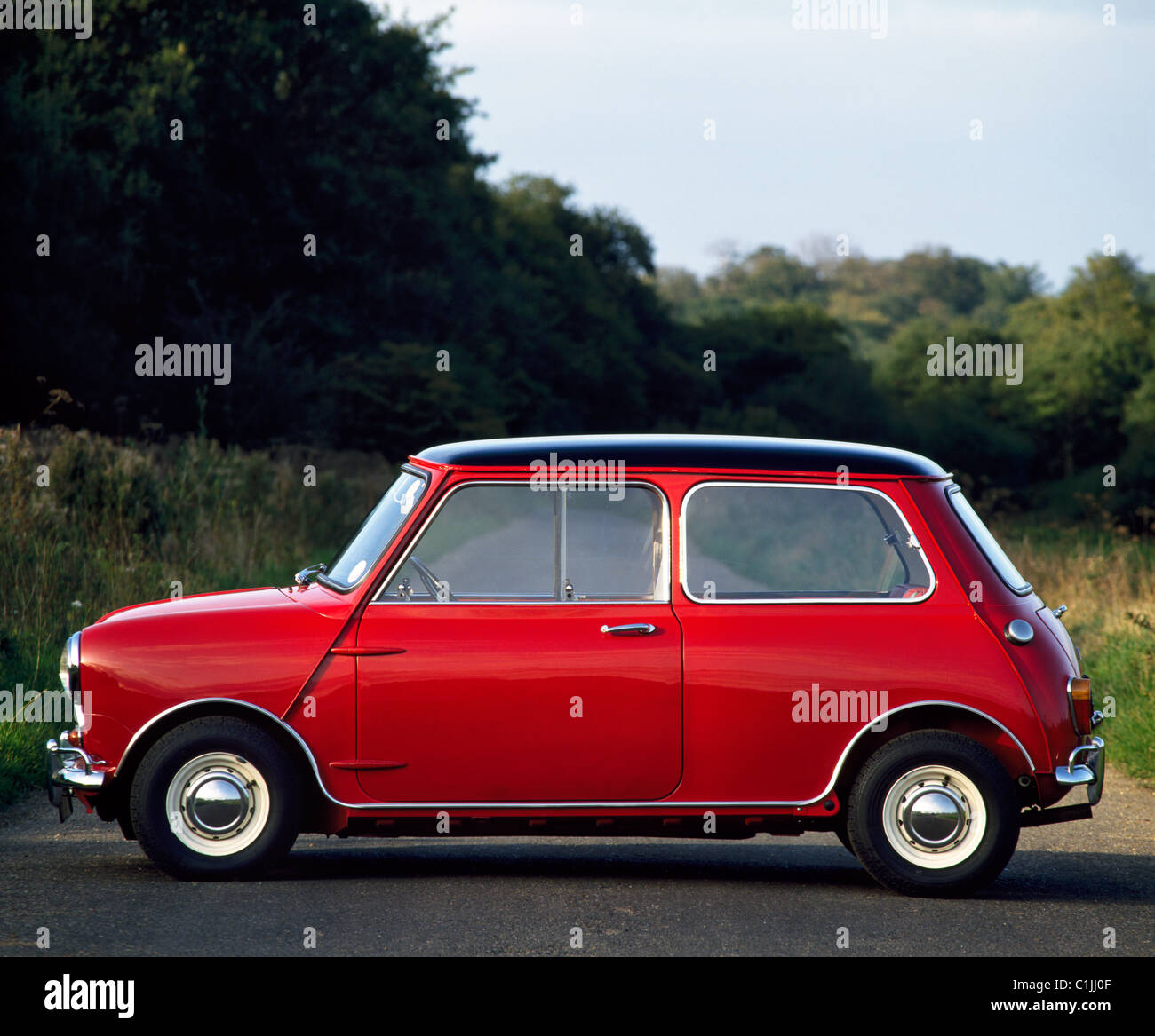 Mini Cooper S MKI rouge 1275cc à partir de 1967 Photo Stock