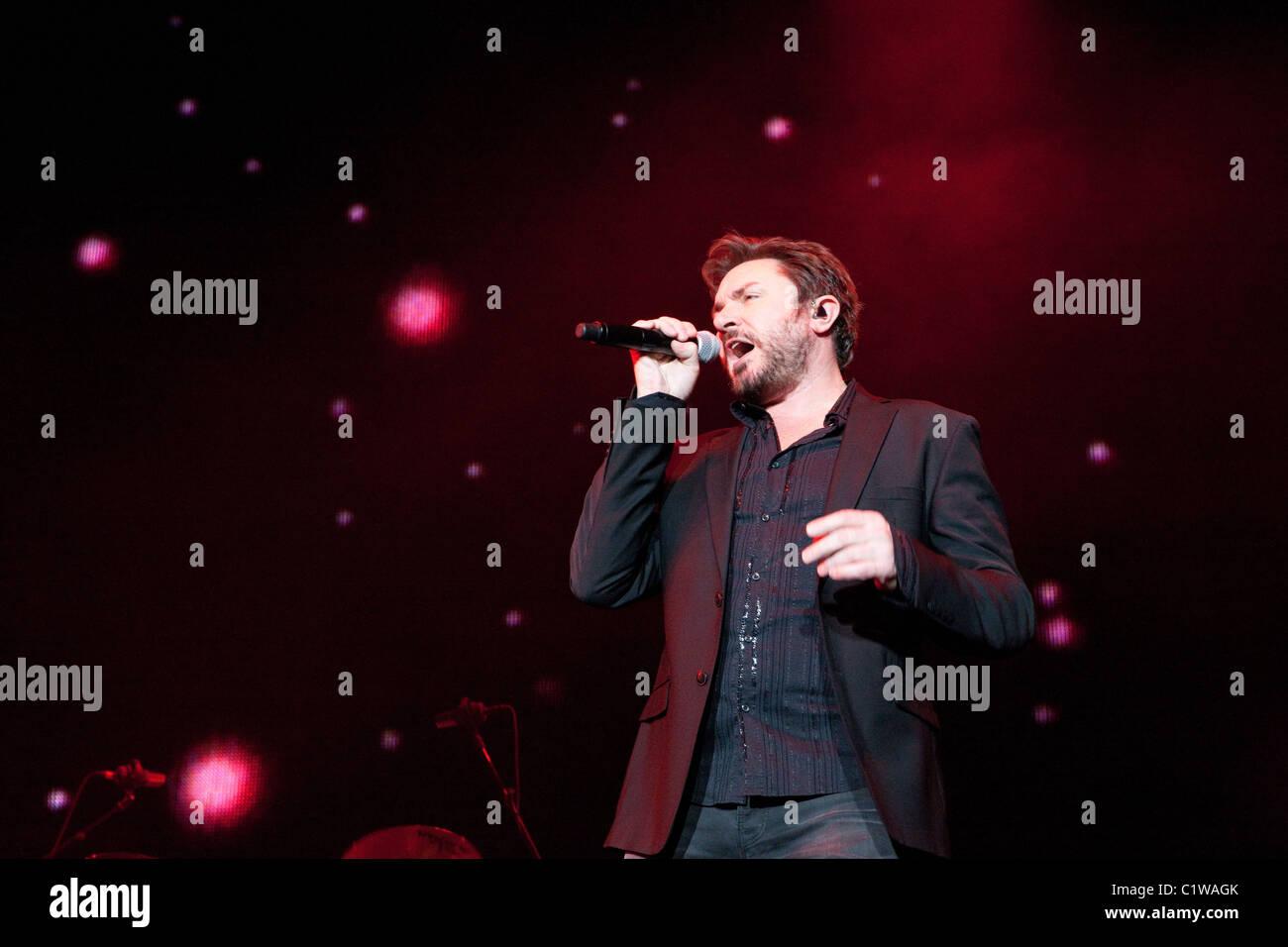 Simon LeBon réalise avec Duran Duran à l'Ultra Music Festival à Miami, Floride, USA prises le 25 mars 2011. Banque D'Images
