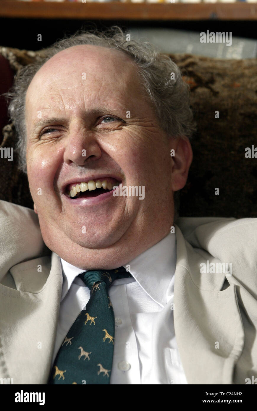 Auteur écossais Alexander McCall Smith à son domicile à Édimbourg. Photo Stock