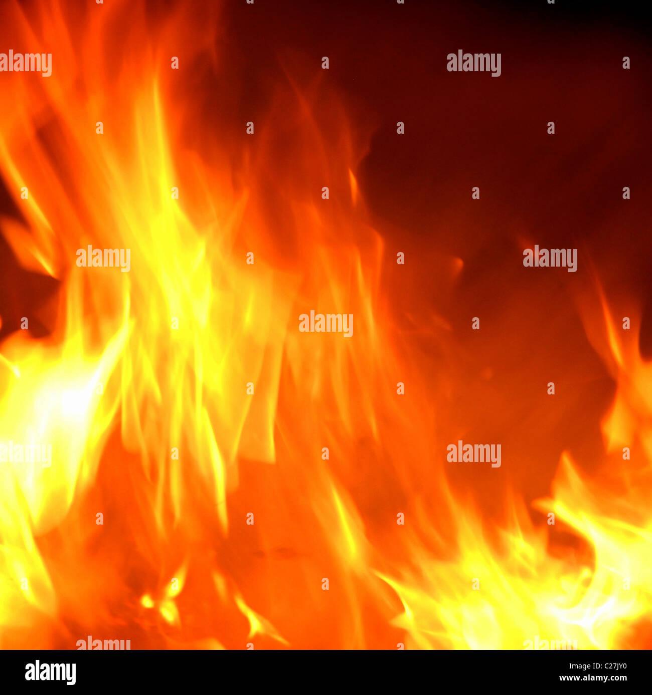 Flammes d'un incendie, d'Inferno. Corps lumineux chaud de brûler le gaz provenant de la combustion Photo Stock