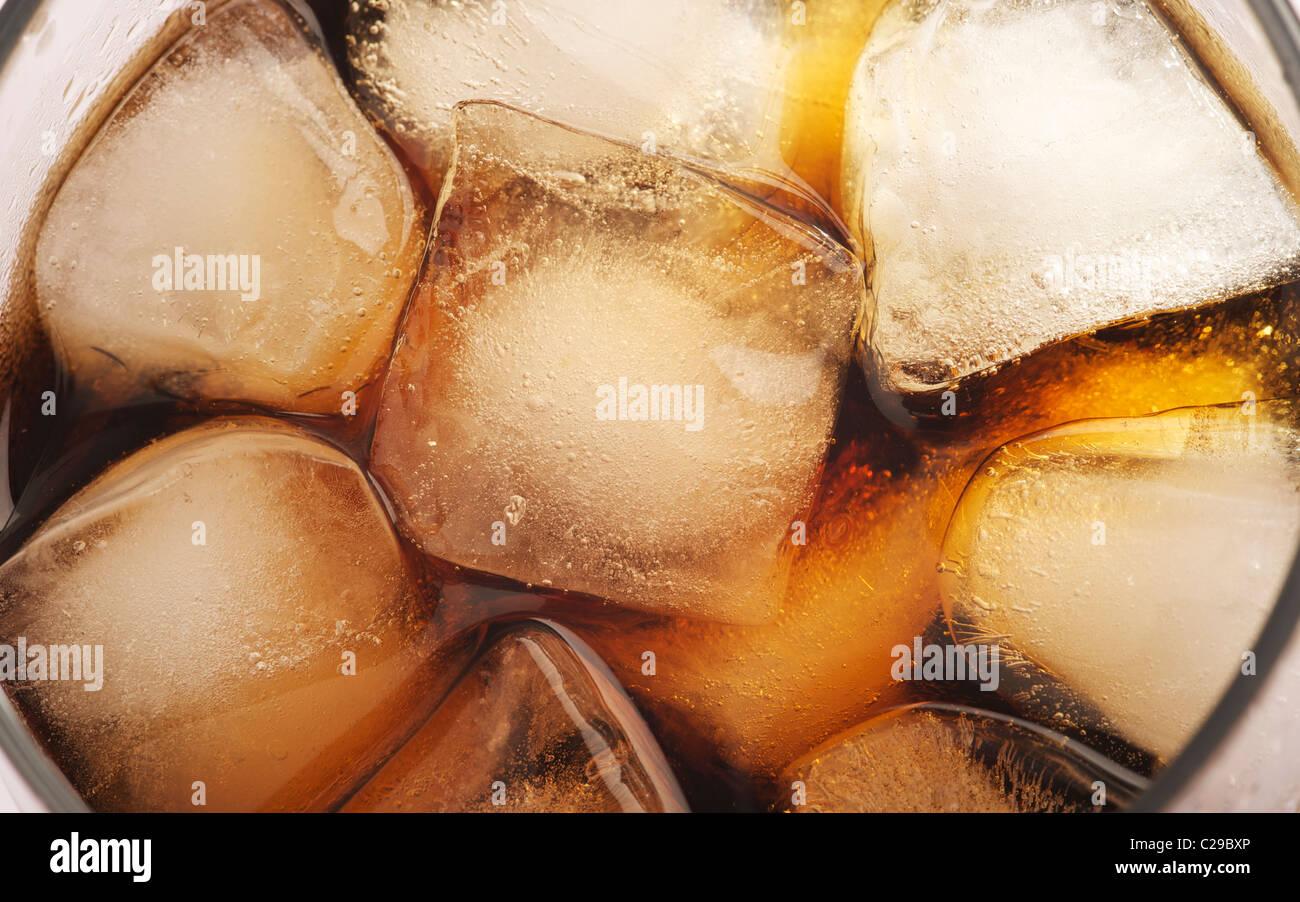 Un verre de coca cola, vue en gros Photo Stock