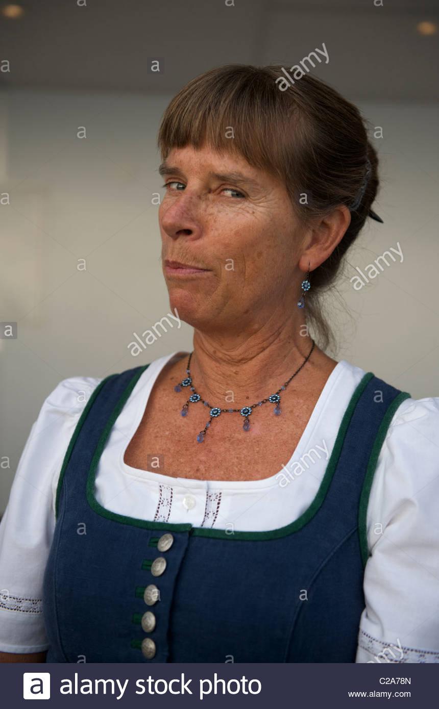 Autrichien Traditionnel Costume Traditionnel Costume Traditionnel Autrichien Femme Costume Costume Traditionnel Autrichien Femme Femme zUVSMp