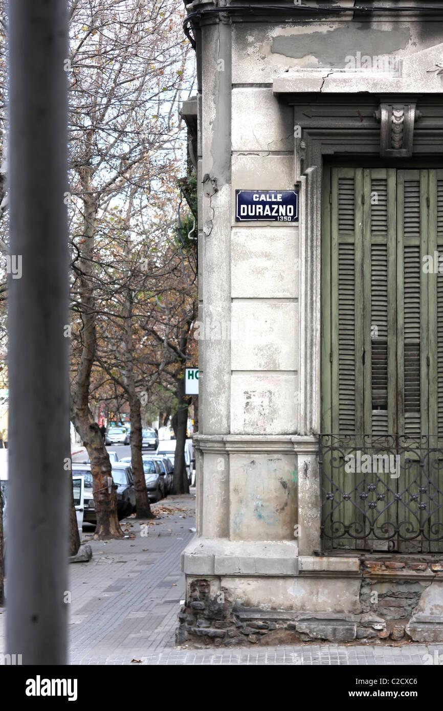 Mur délabré à Palerme / Montevideo / Uruguay. Photo Stock