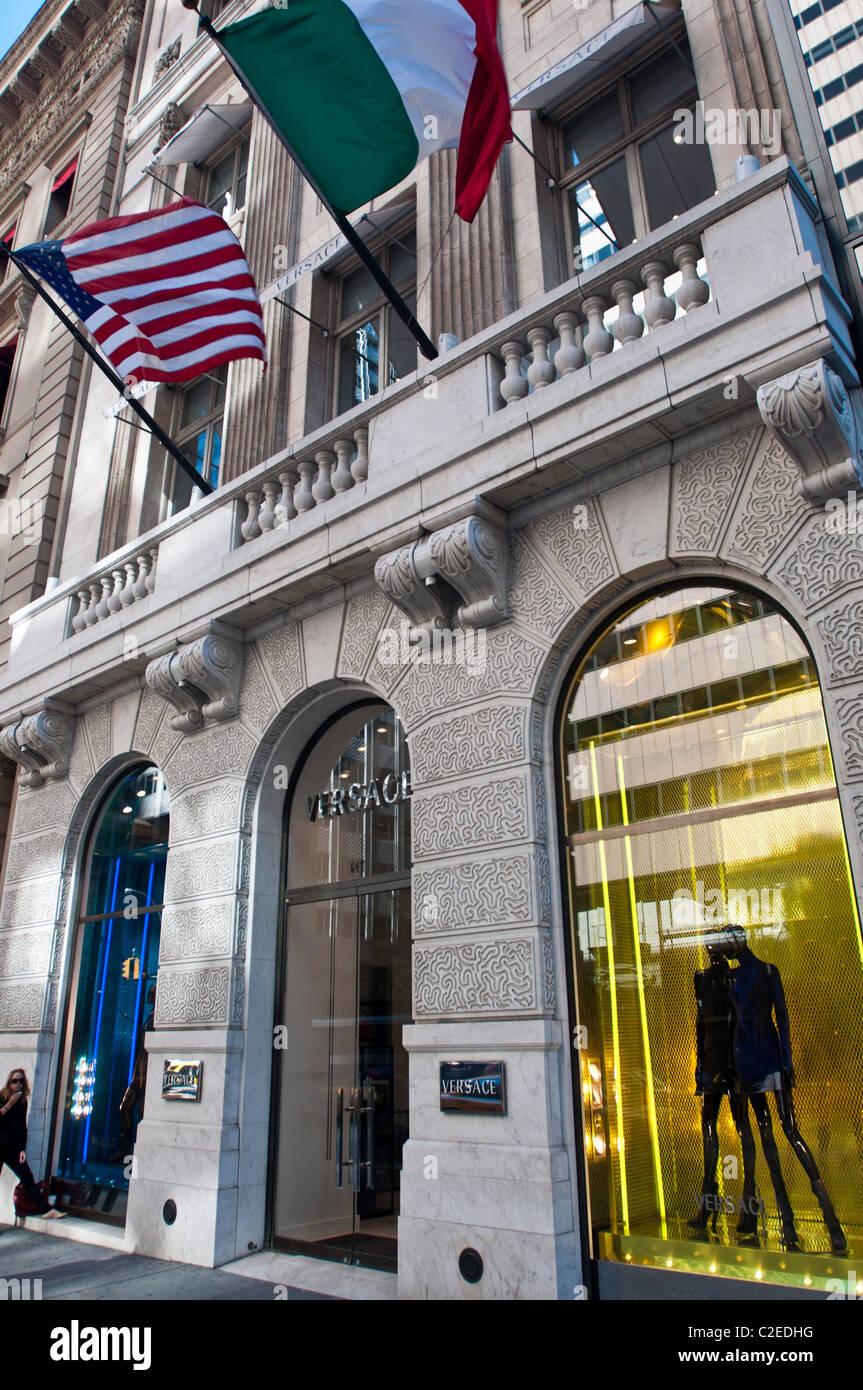 1b2cec8324 5ème avenue Versace store façade, Manhattan, New York City, USA, boutique,  fashion, marque, mode,