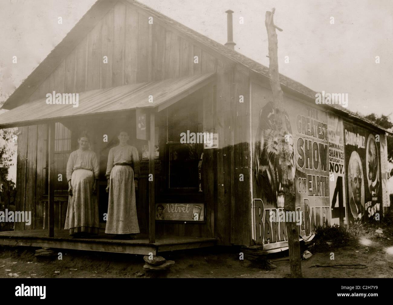 Un peu de country store près de New Hope School Tecumseh, OK Banque D'Images