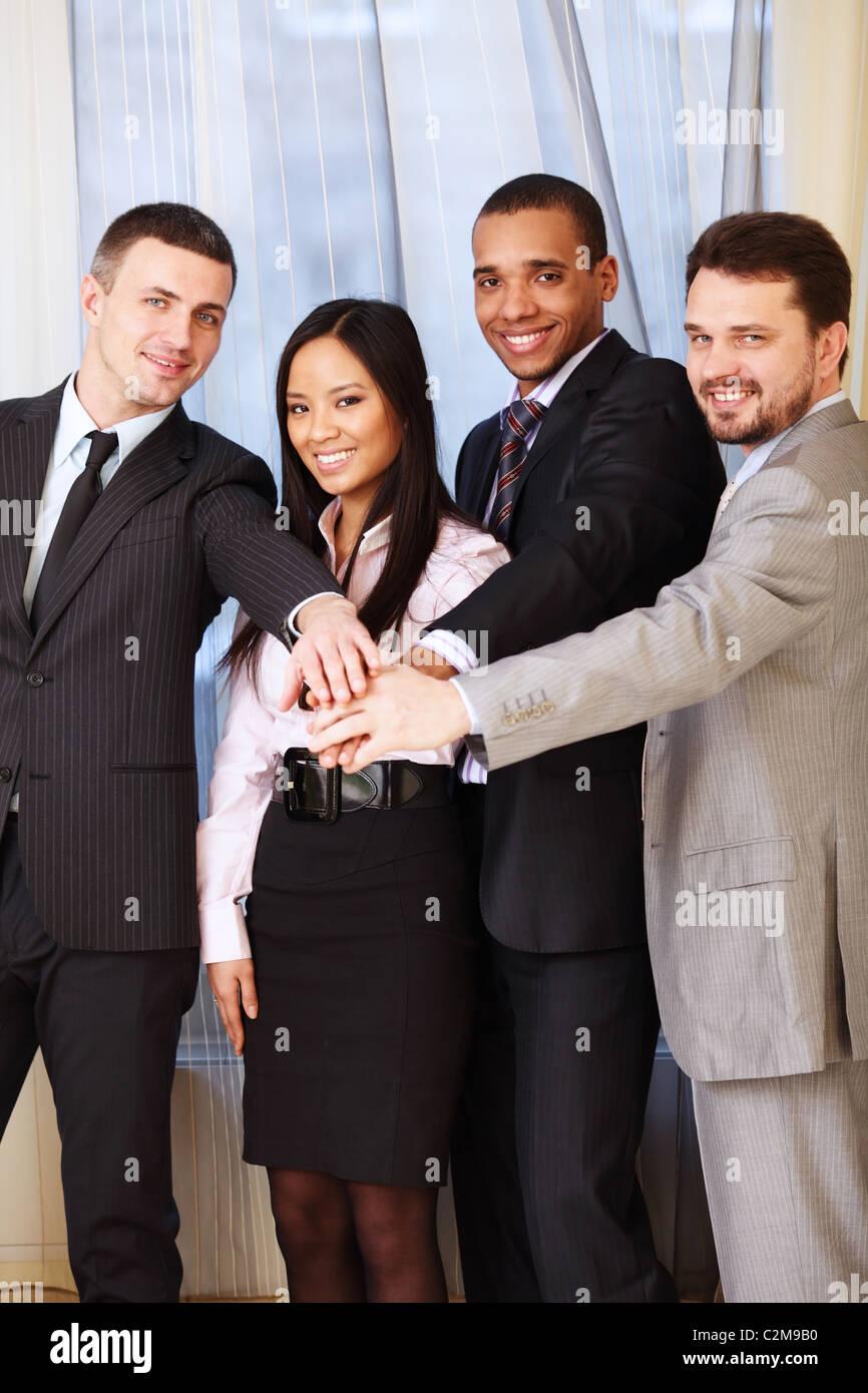 Portrait d'une équipe entreprises ethniques. Photo Stock