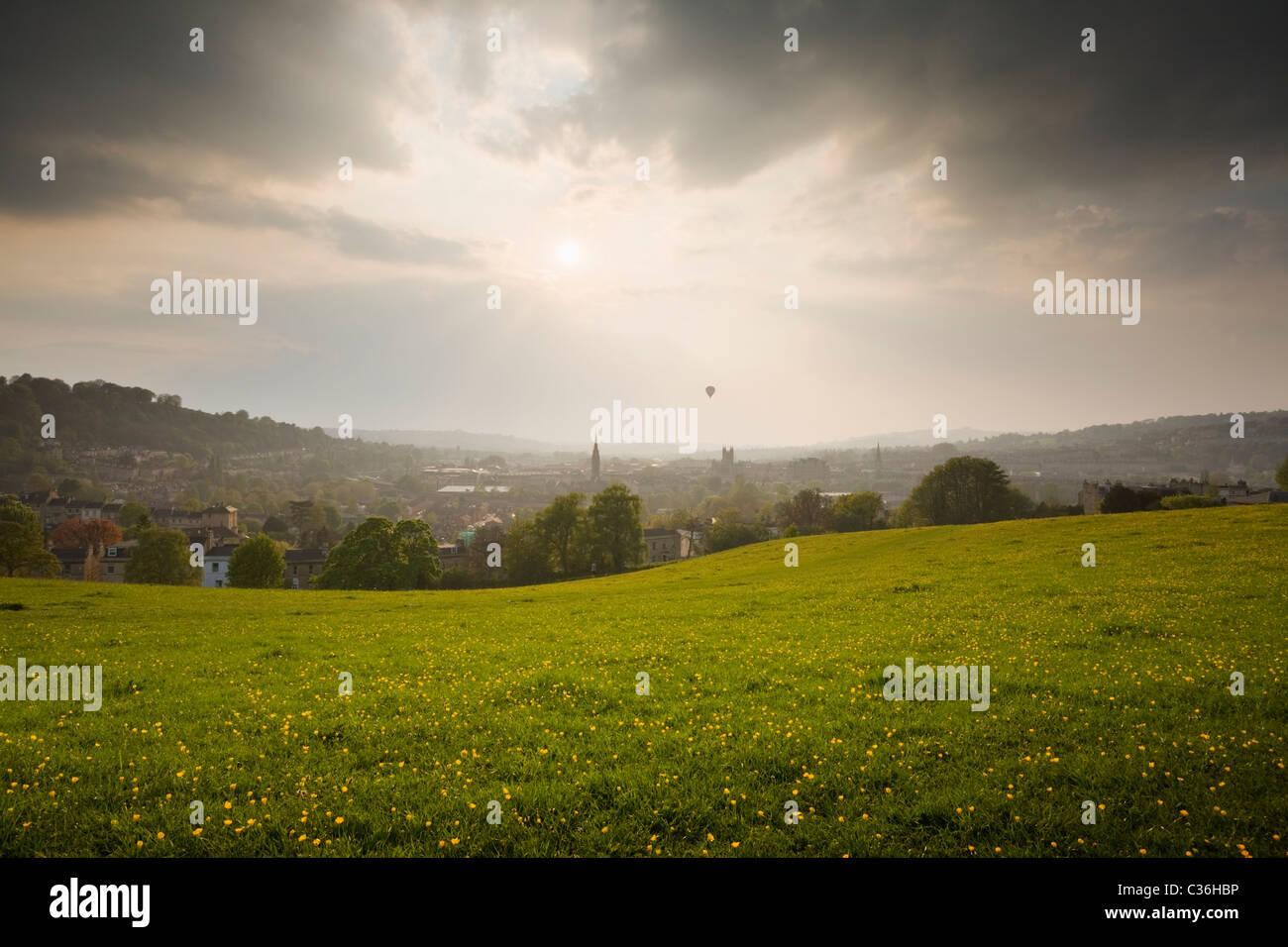 Ville de Bath Bathwick Hill au printemps. Le Somerset. L'Angleterre. UK. Photo Stock