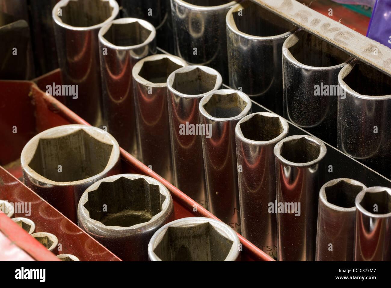 Close-up macro photographie d'un outils de mécanicien dans une boîte à outils Photo Stock