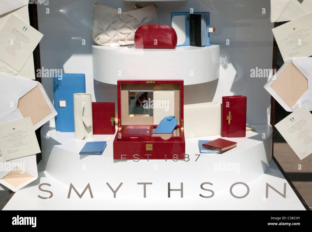 De la Direction générale de la papeterie et des produits de luxe Smythson shop, London Photo Stock