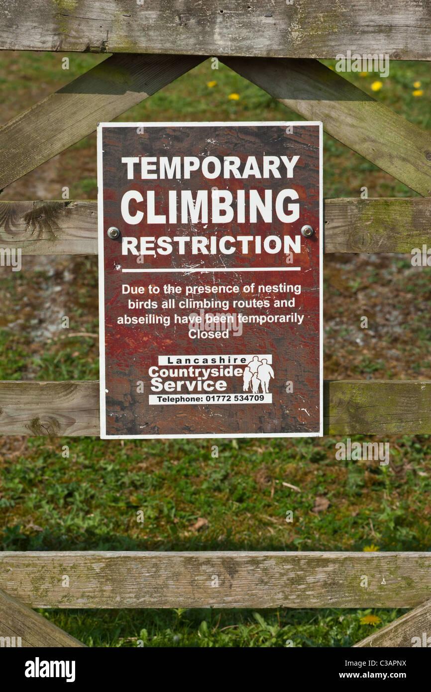 Restriction d'escalade en raison de signes d'oiseaux nicheurs, Lancashire Photo Stock