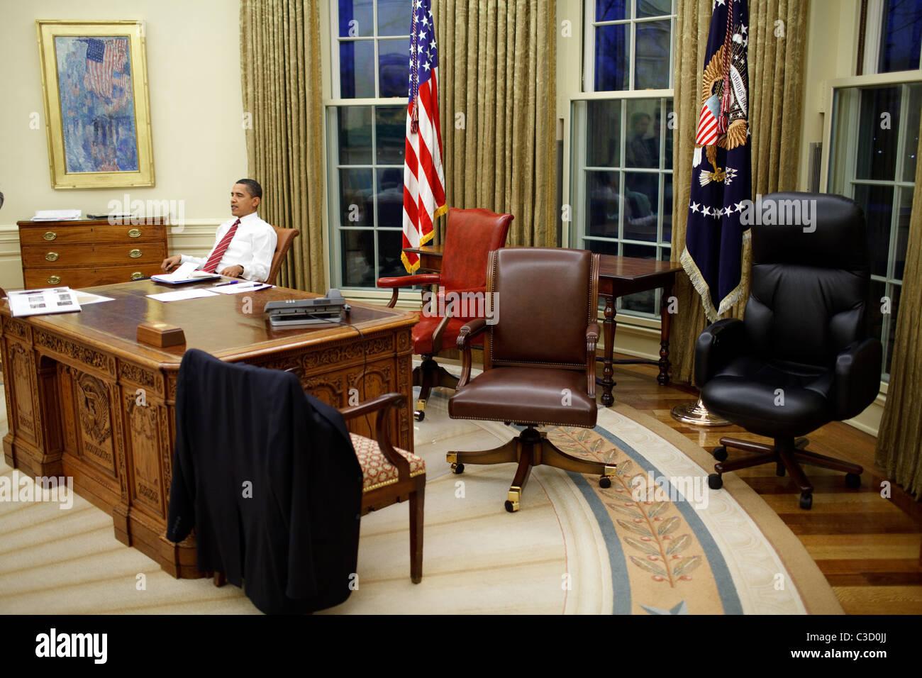 Le président américain barack obama tente de chaises de bureau