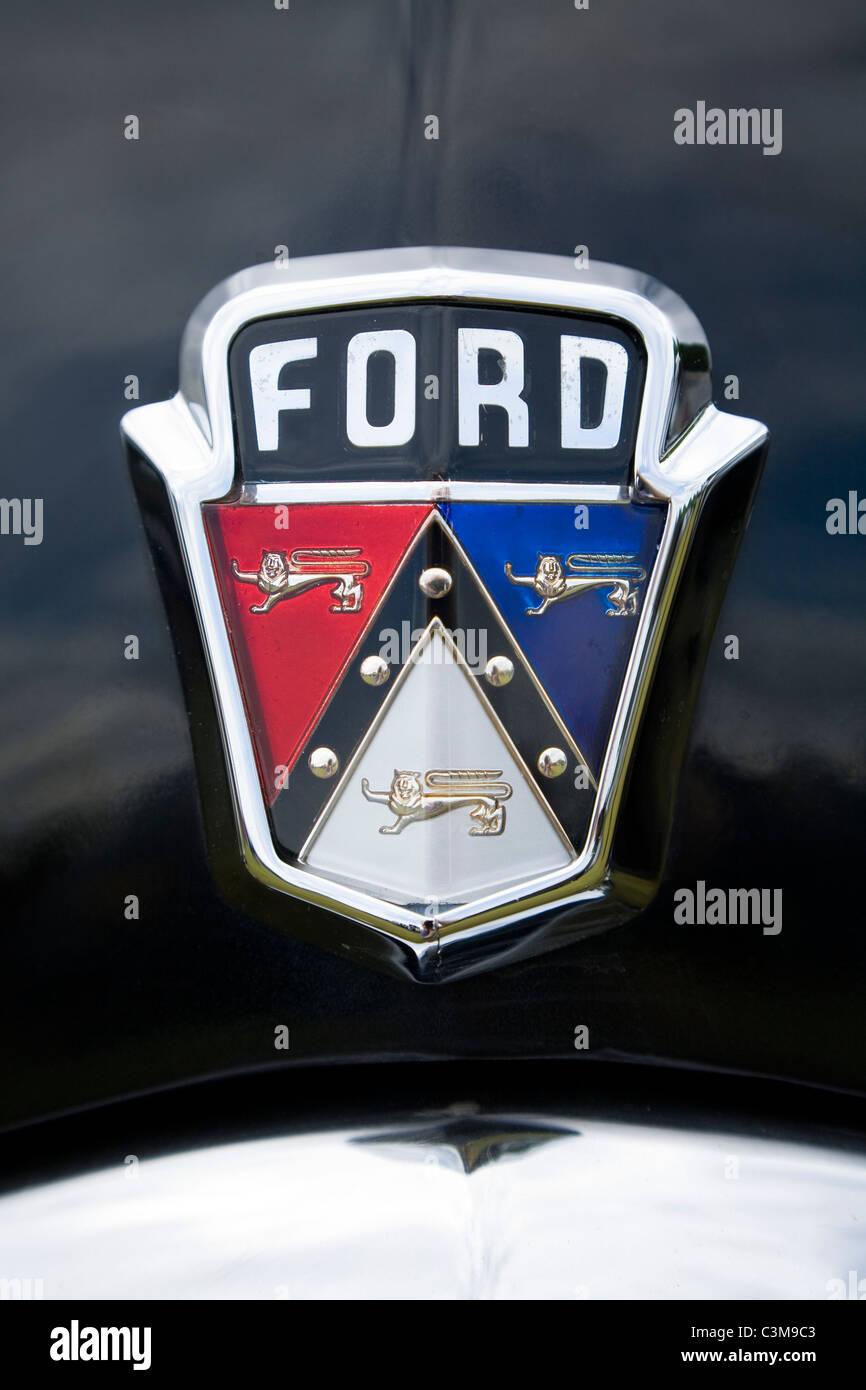 Classic Ford Usa Voiture Insigne Insigne Logo De Calandre Sur