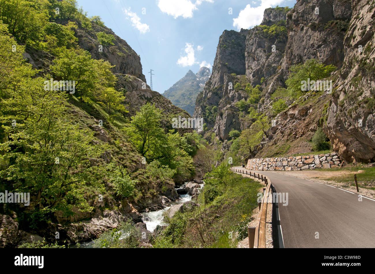 Les Picos de Europa côte nord de l'Espagne montagnes Cantabrique Photo Stock