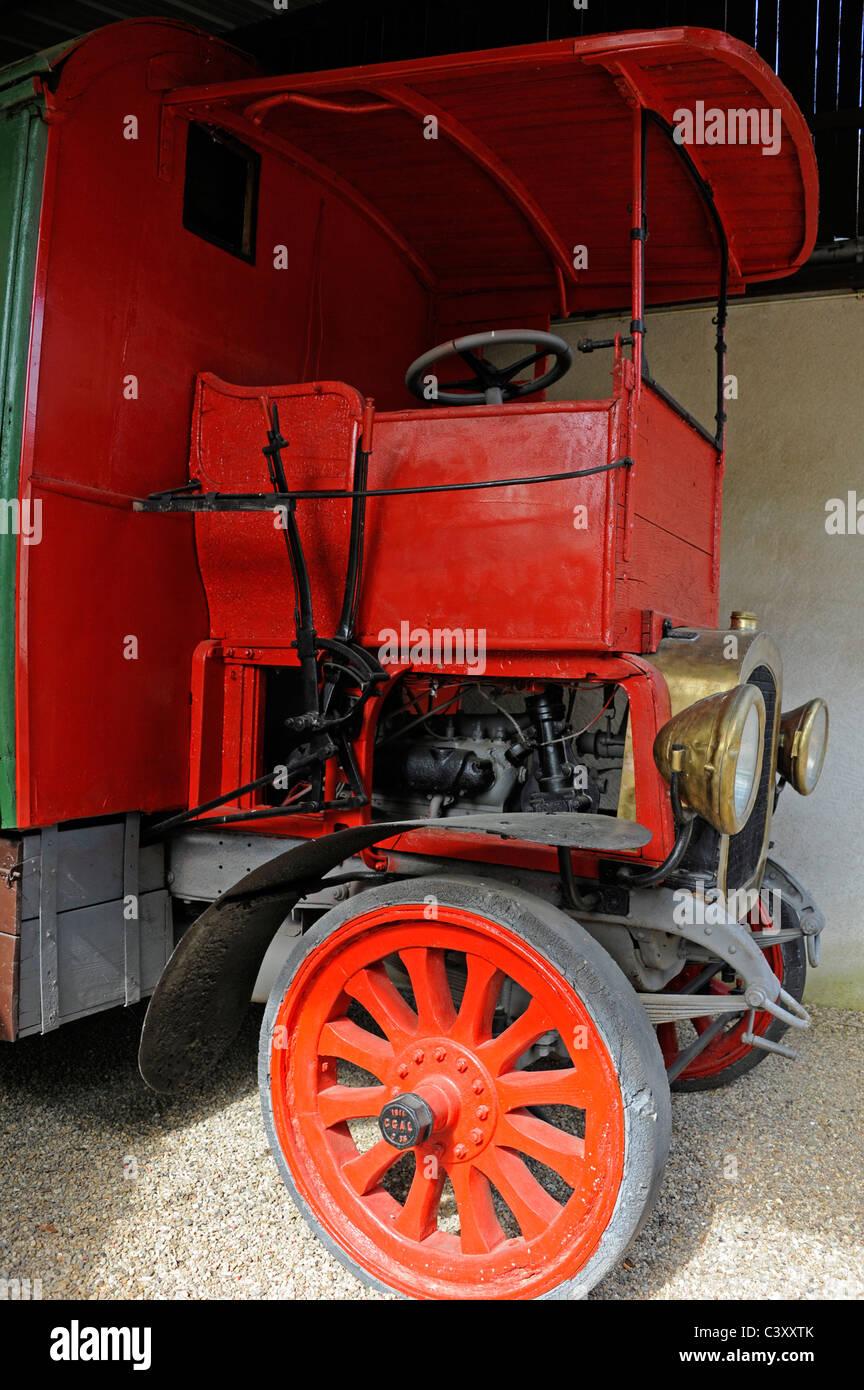 Musée Maurice Dufresne Musée dans le moulin de Marnay, près de Tours ...