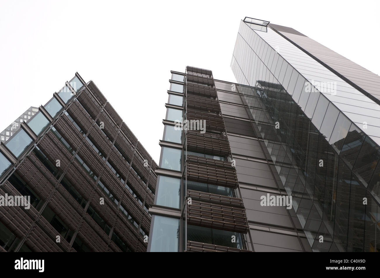 L'architecture de verre moderne, contemporaine, l'immeuble de bureaux au bord du bassin de Paddington, Londres, Photo Stock
