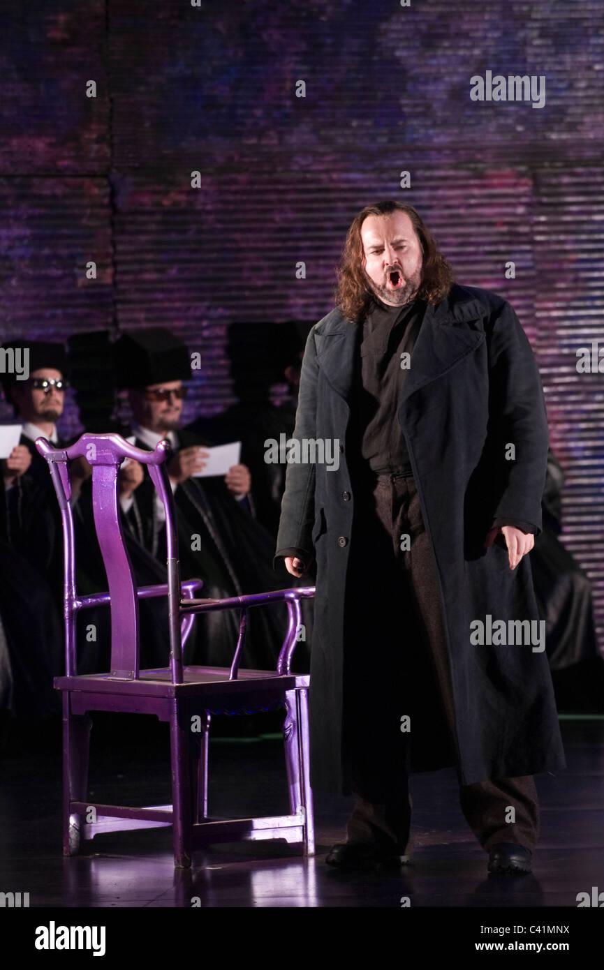 Turandot de Puccini - Welsh National Opera production Été 2011 Calaf - Gwyn Hughes Jones Banque D'Images