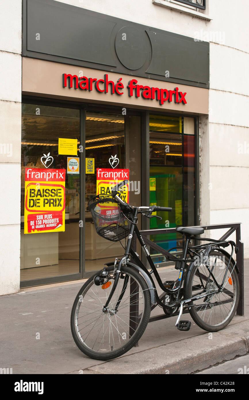 Marche Francais Shop à Paris Photo Stock
