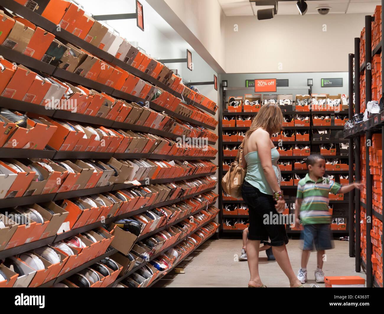 Des chaussures pour la vente de NIke outlet store, Tanger