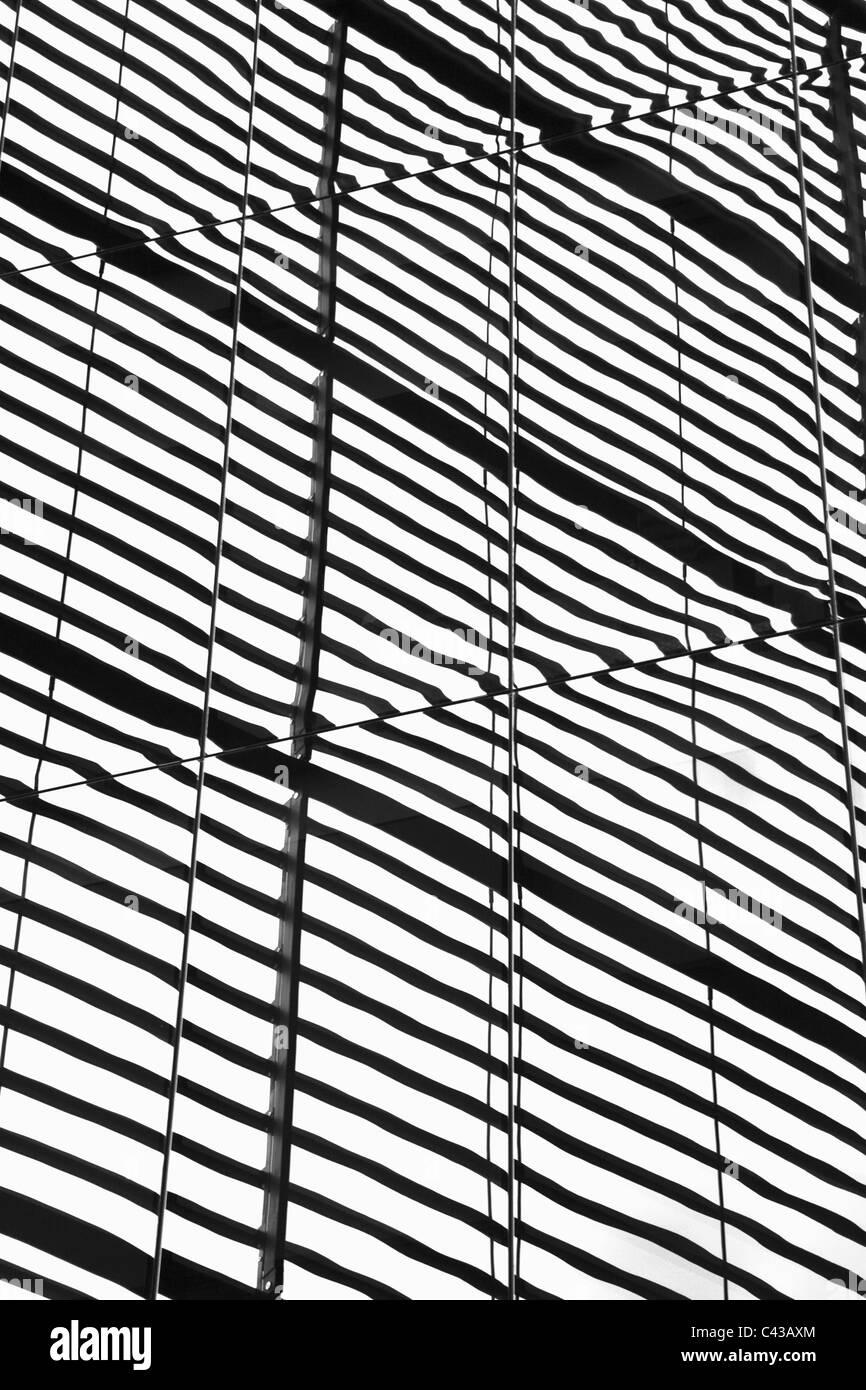 Les immeubles de bureaux en Verre abstrait Photo Stock