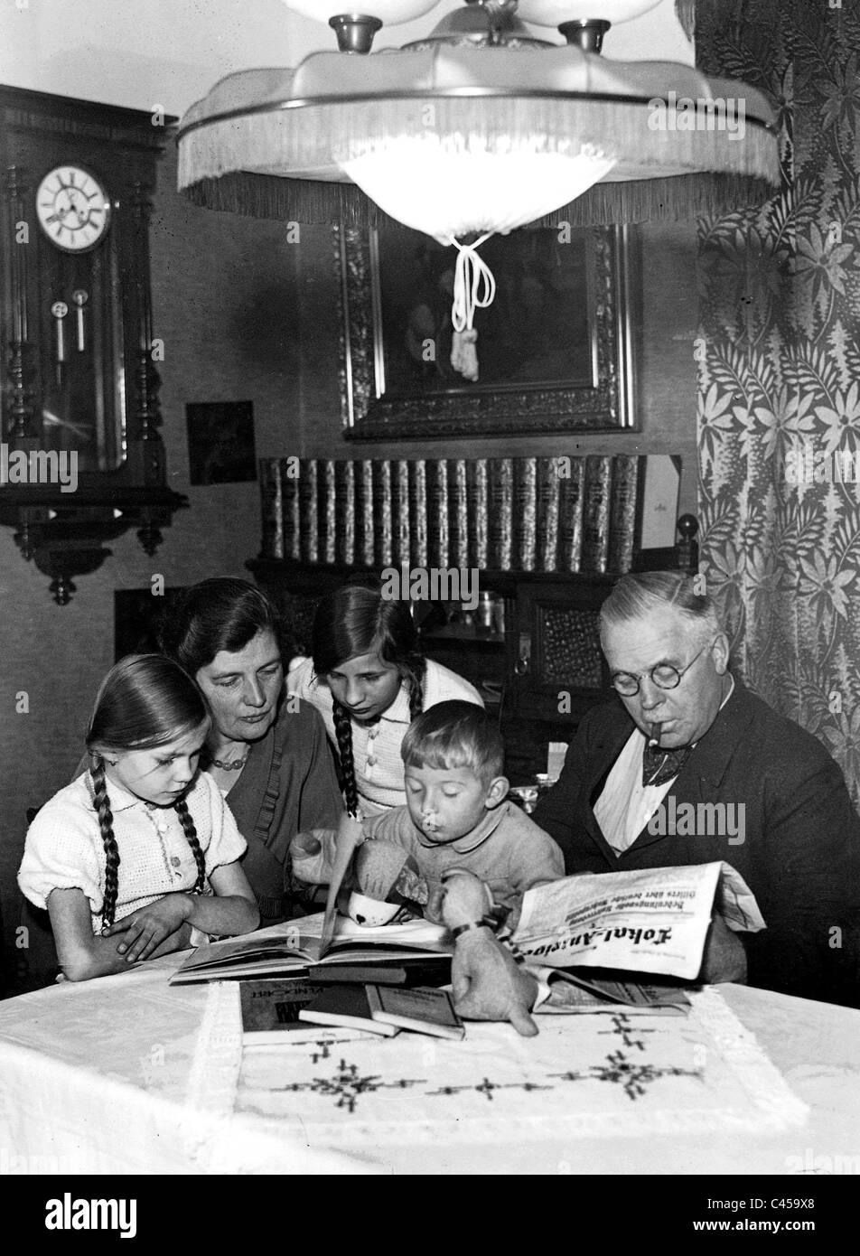 Famille petit bourgeois de Berlin dans les années 30 Photo Stock
