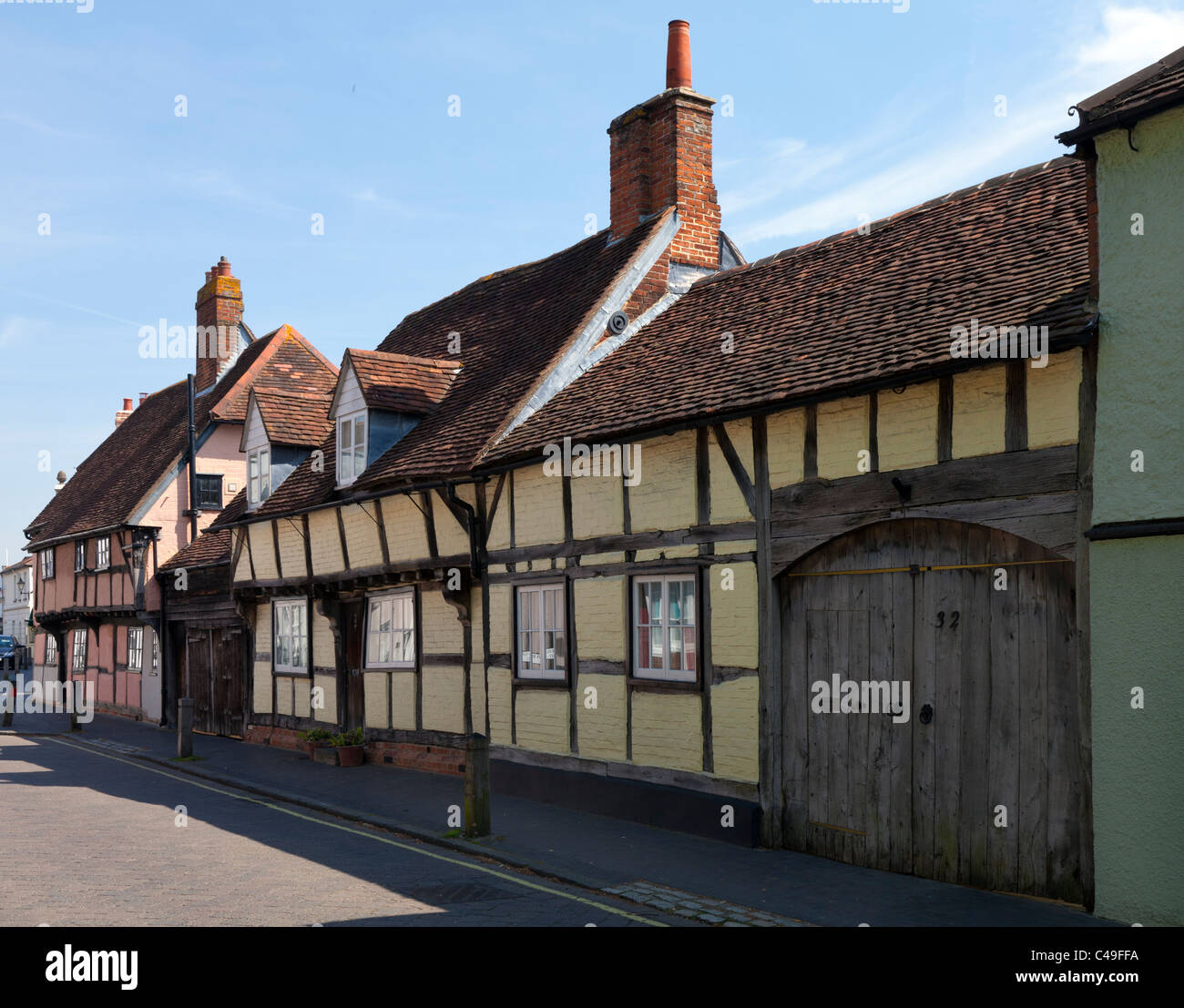 Habitation Maison ancienne Angleterre Hampshire Titchfield UK High Street bois ossature bois jaune en bois porte Photo Stock