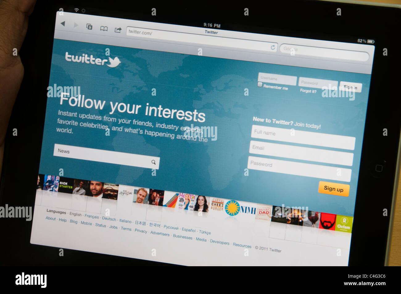 Twitter nouveau site web page d'accueil sur iPad Photo Stock
