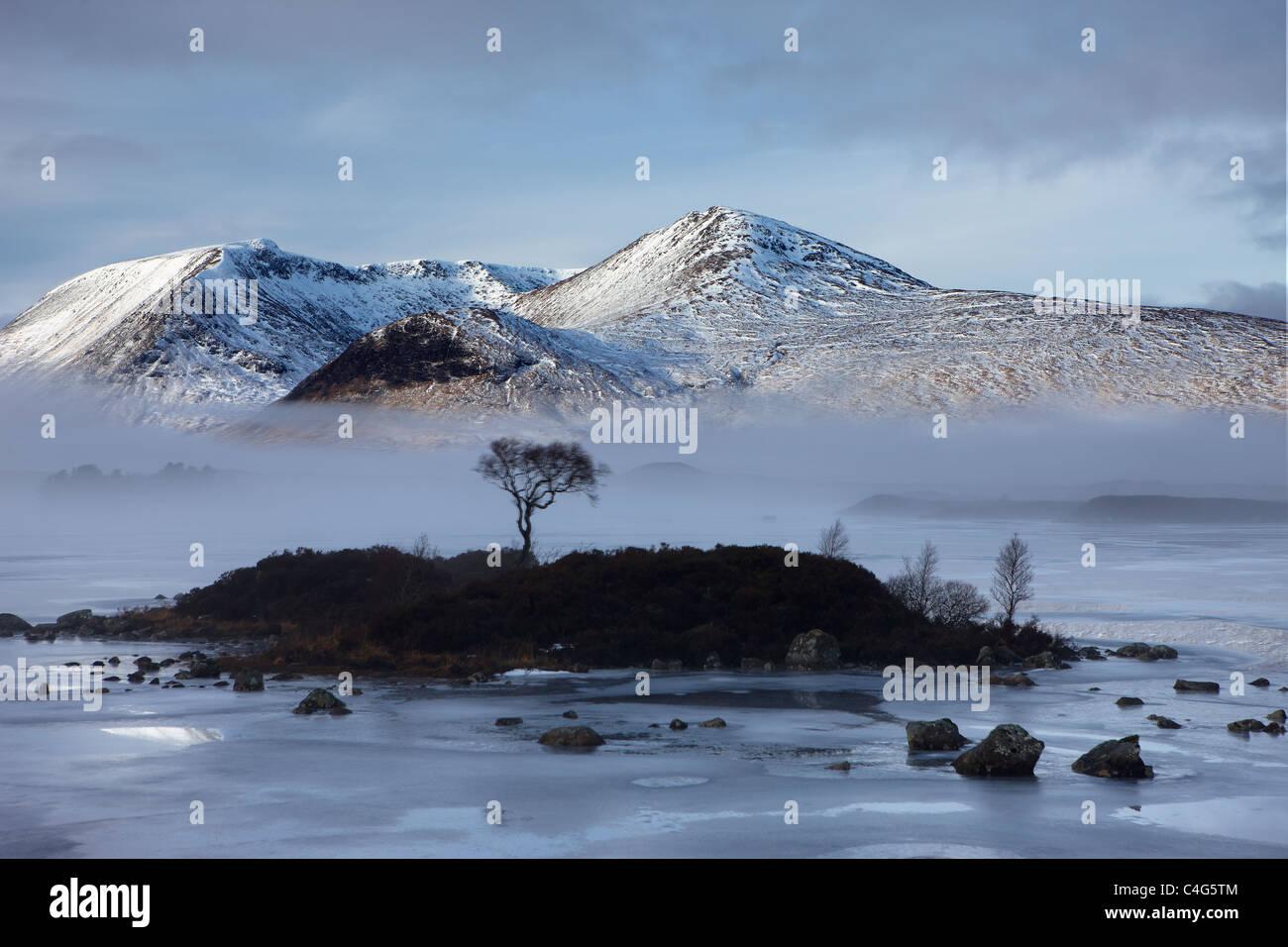 Lochan na h-Achlaise & Le Mont Noir en hiver, Argyll et Bute, Highlands, Scotland, UK Photo Stock