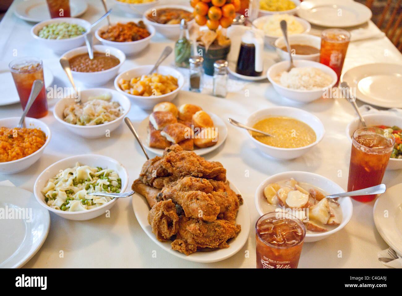 Mme Wilkes' Salle à manger, le restaurant Maison Wilkes, Savannah, Géorgie Photo Stock