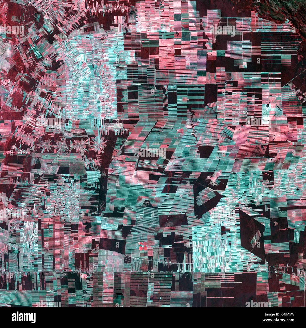 Cette image de la Bolivie montre déforestation dramatique dans le bassin de l'amazone à partir de l'espace dans Banque D'Images