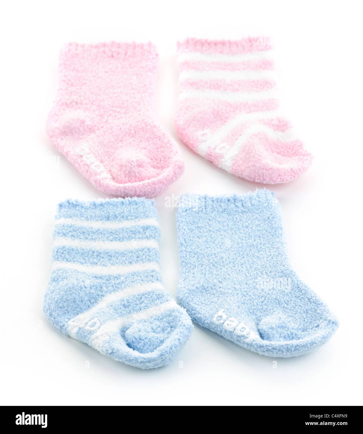 L'Arrangement de deux paires de chaussettes pour bébé pour bébé douche Photo Stock