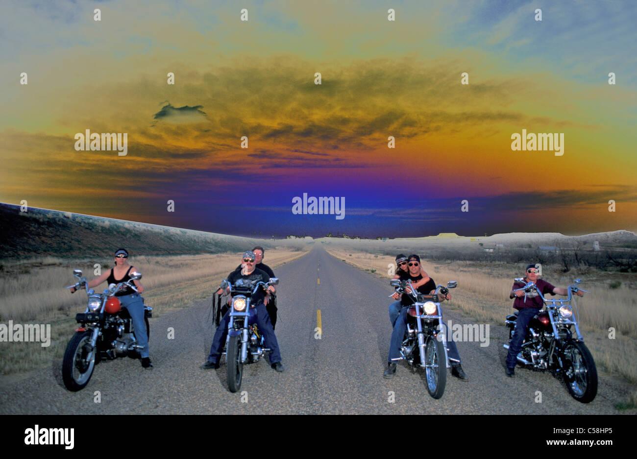 Biker, Tucumcari, New Mexico, USA, United States, Amérique, moto, route, longues, droites Banque D'Images