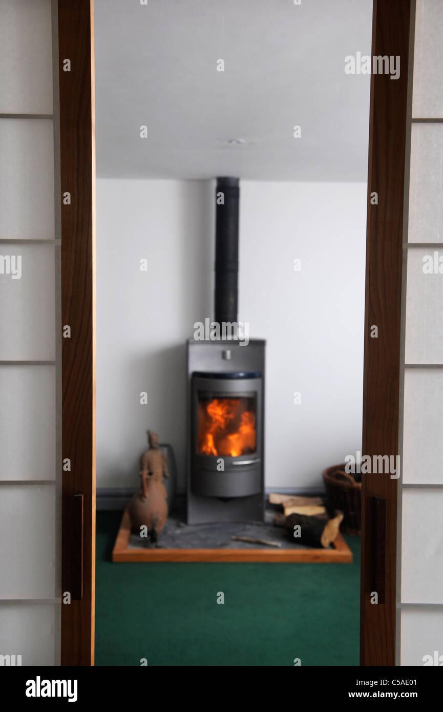Poele A Bois Maison une maison moderne avec poêle à bois contemporain uk banque