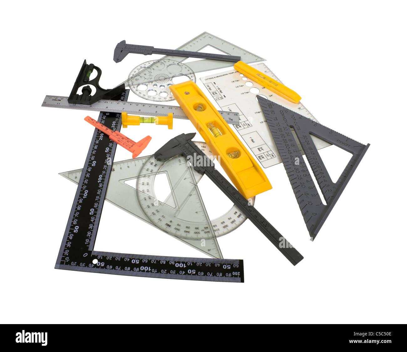 Une variété d'outil d'ingénierie de mesure micromètre pour mesurer l'épaisseur des éléments - chemin inclus Banque D'Images