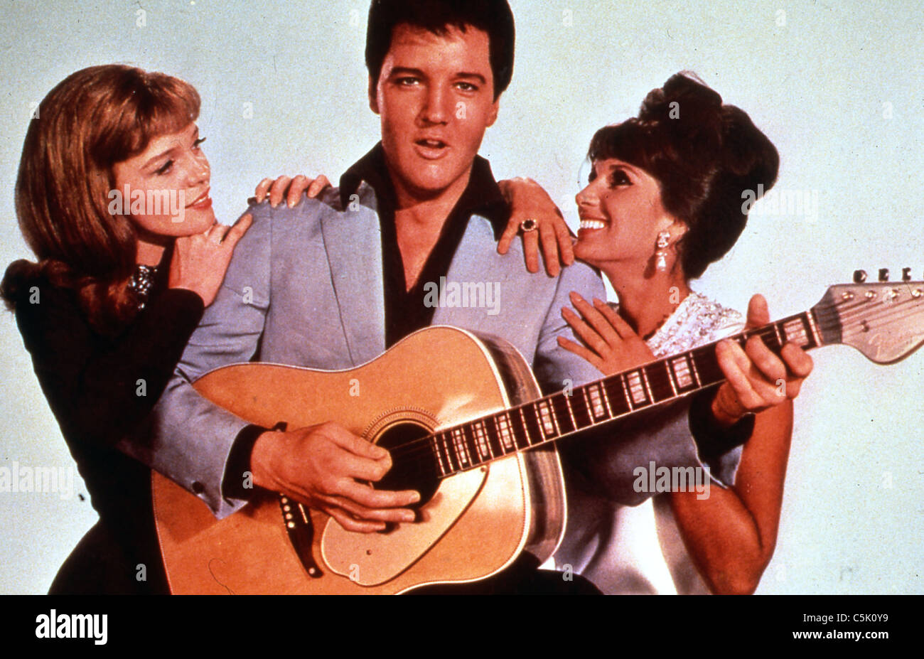 Double trouble (1967) Elvis priestley, yvonne romain, Annette norman taurog jour (dir) 003 collection moviestore Photo Stock