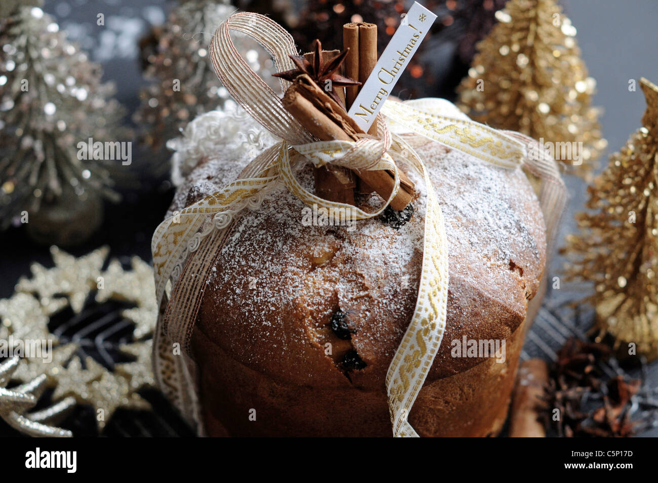 Gâteau de Noël Panettone (italien) Photo Stock