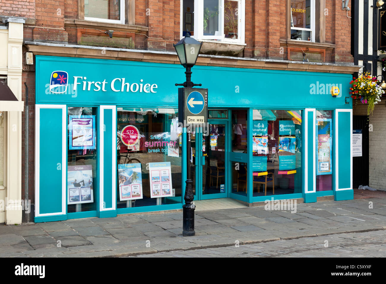"""""""Premier Choix"""" agence de voyage, Chesterfield, Derbyshire Photo Stock"""