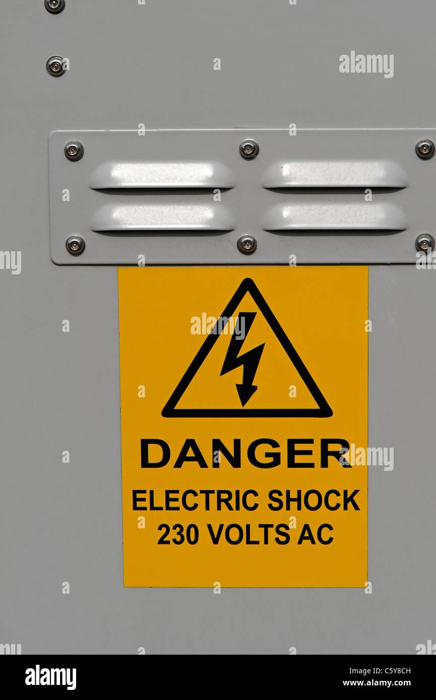 Danger Electricite Risque De Choc Electrique Avertissement Fixe