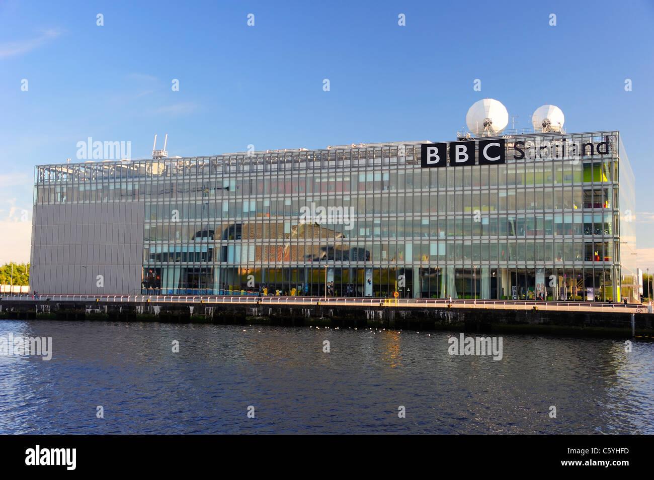 BBC Scotland siège à Glasgow par la rivière Clyde Banque D'Images
