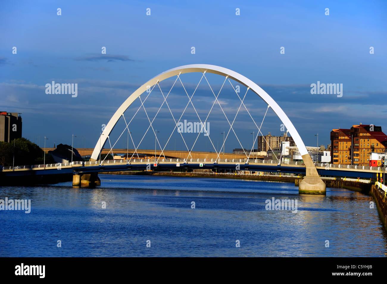 Le Clyde Arc, plus de la Clyde, Glasgow Banque D'Images