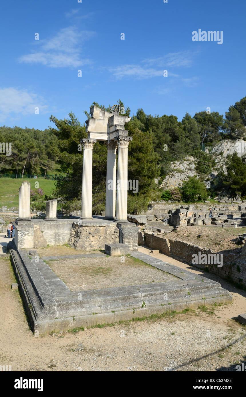 Temple romain à la ville romaine de Glanum près de Saint-Rémy-de-Provence Provence France Photo Stock