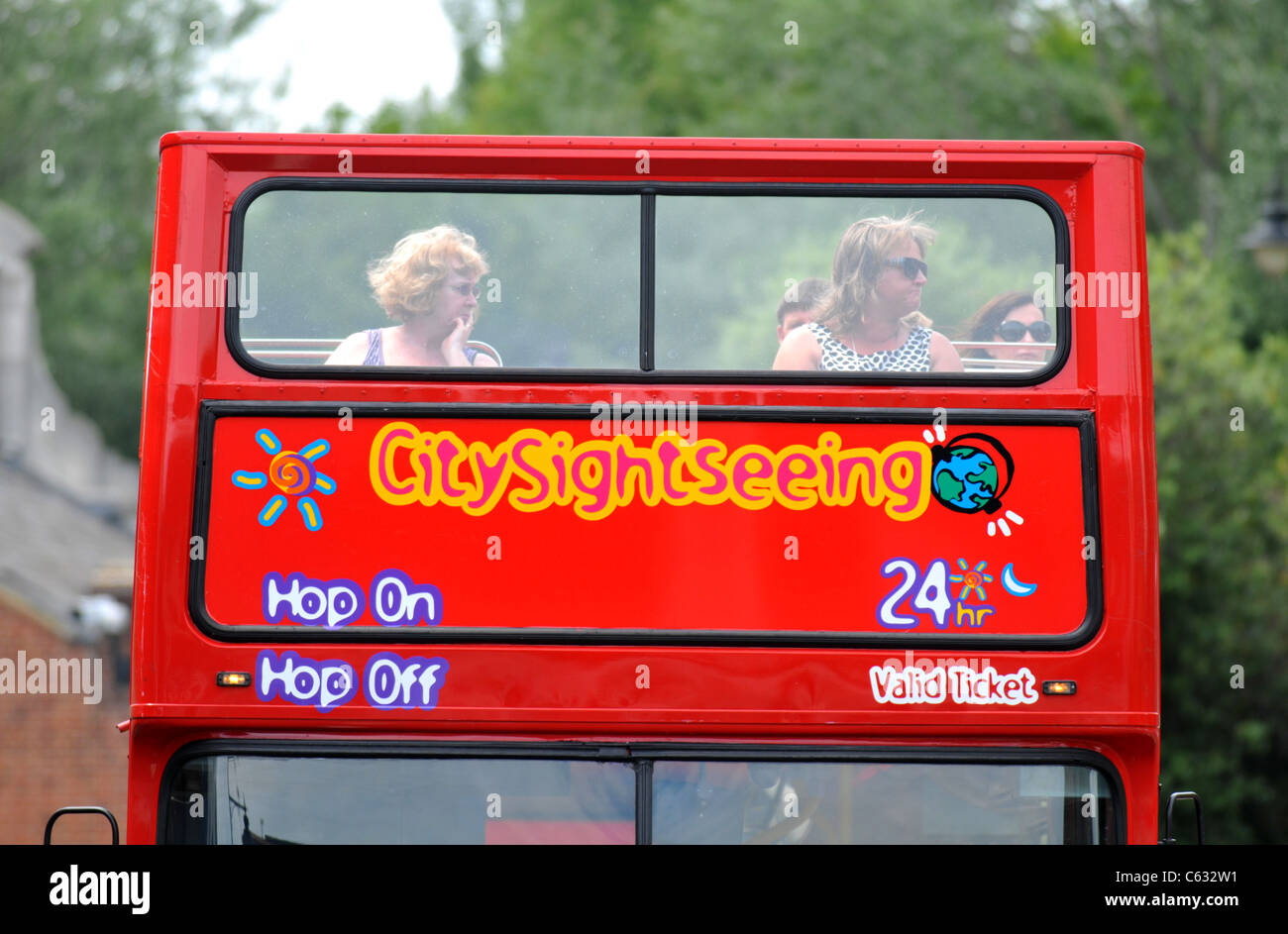 Bus touristique, Eton, Berkshire, Angleterre, Royaume-Uni Photo Stock