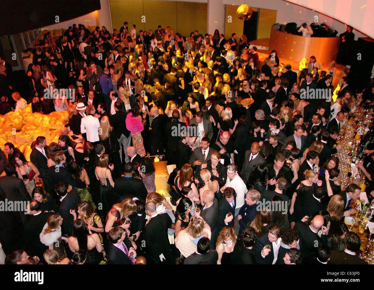 DIOR héberge le musée Guggenheim de jeunes COLLECTEURS D'ARTISTES CONSEIL BALL, New York, 16 décembre Photo Stock